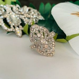 Jewelry - White SAPPHIRE Vintage Style Ring